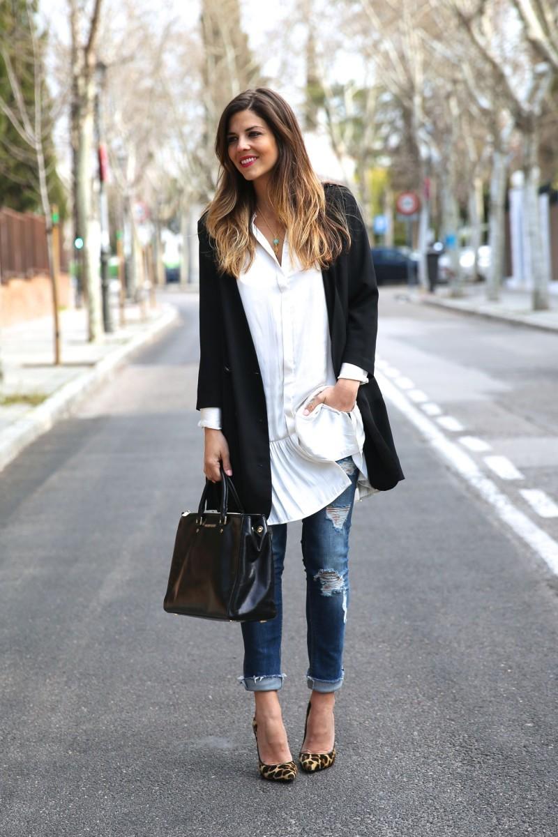 aa4793b849f2 Οι 10 ωραιότεροι συνδυασμοί για τζιν παντελόνι με σακάκι και παλτό ...