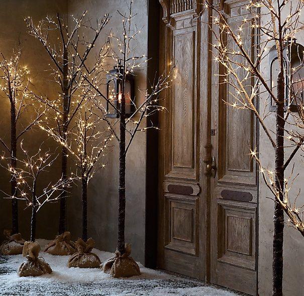 Χριστουγεννιάτικη διακόσμηση: 10 στιλάτες ιδέες για κάθε γωνιά
