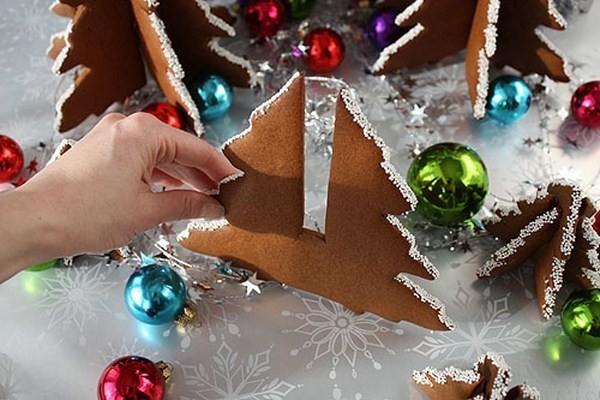 Φτιάξτε χριστουγεννιάτικα δεντράκια από μπισκότο