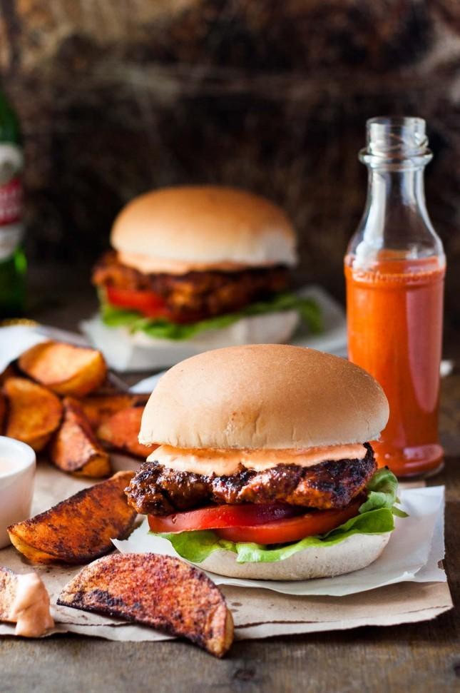 8 ιδέες  burger (μπέργκερ) για κάθε γούστο