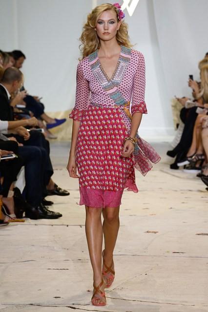 Τα ωραιότερα φορέματα της άνοιξης από τους μεγάλους σχεδιαστές