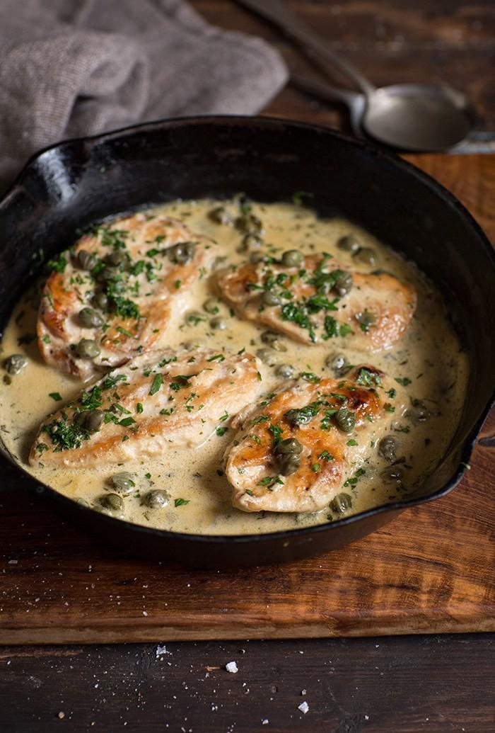 Κοτόπουλο με λεμόνι και κάπαρη στο τηγάνι (εύκολη συνταγή)