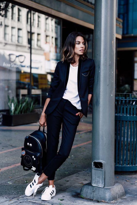 10 fashion τρόποι για να φορέσεις το μαύρο σακάκι σου  603fa0c0d81