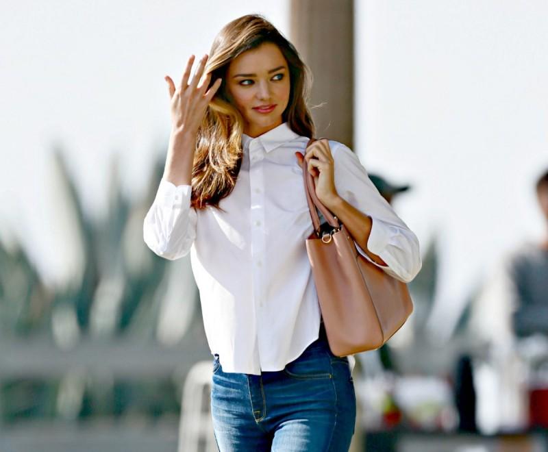 d359aeccbf6 Τι να φορέσω στο γραφείο: Τα βασικά ρούχα για να είσαι πάντα κομψή ...