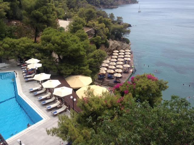 Το Sirene Blue Resort είναι ο λόγος για να πας στον Πόρο!