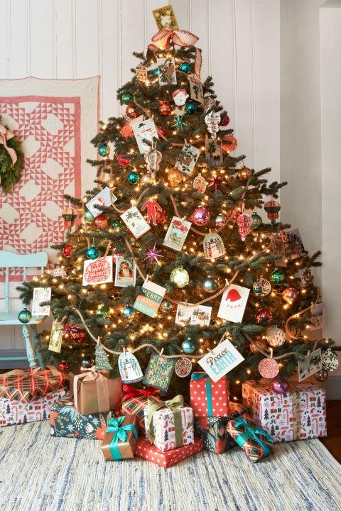 20 χριστουγεννιάτικα δέντρα στολισμένα, για να πάρεις ιδέες