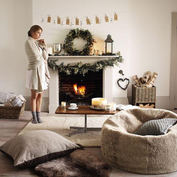 Χριστουγεννιάτικη διακόσμηση τζακιού: 11 ιδέες για κάθε σπίτι