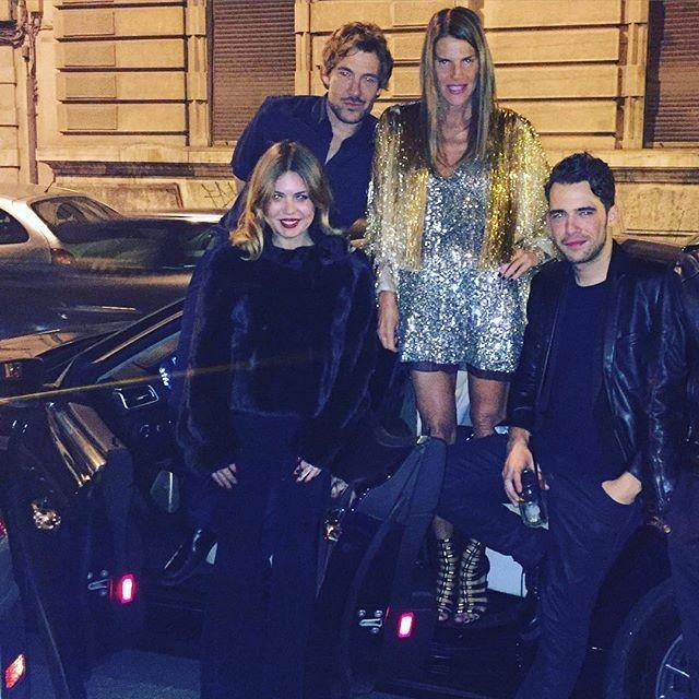 Τι φόρεσαν οι διάσημοι star στο ρεβεγιόν της πρωτοχρονιάς