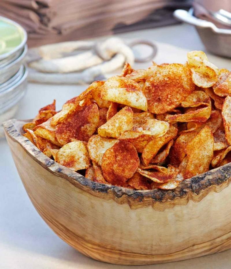 Όλα τα μυστικά για να φτιάξετε σπιτικά τσιπς πατάτας (συνταγή)