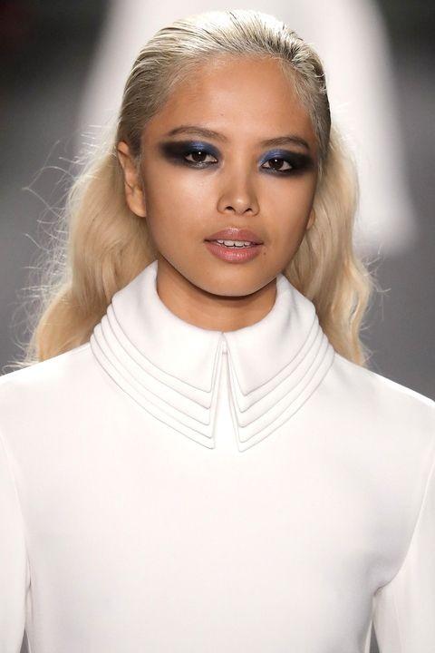 Χτενίσματα: Οι νέες τάσεις στα μαλλιά για το φθινόπωρο 2017