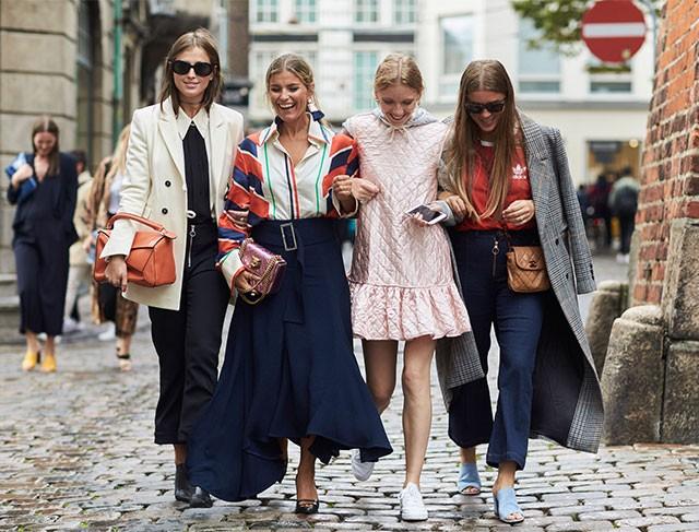 7 απαραίτητα ρούχα που πρέπει να έχεις στη ντουλάπα σου το φθινόπωρο