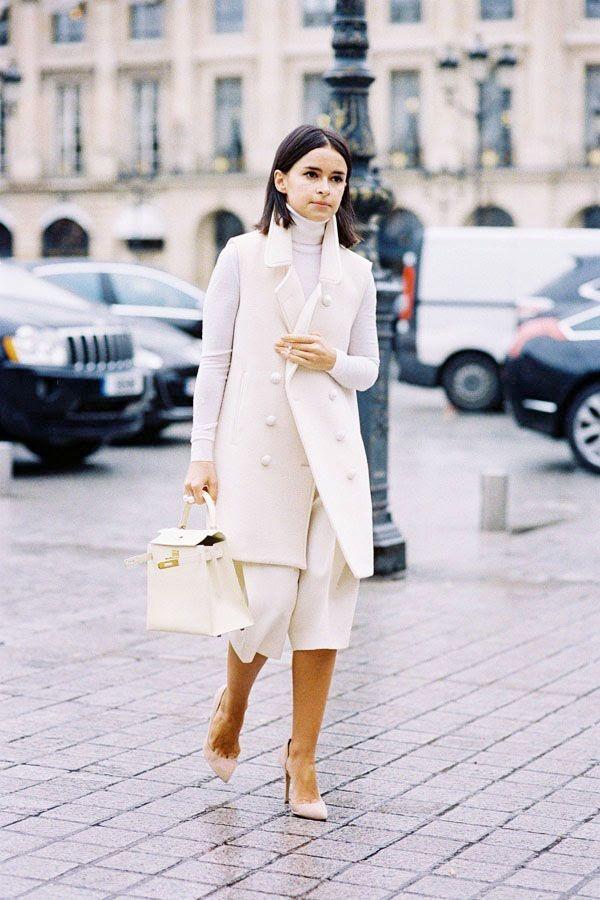 0196a139cb73 12 total white looks  Πώς θα φορέσεις το λευκό τον χειμώνα ...