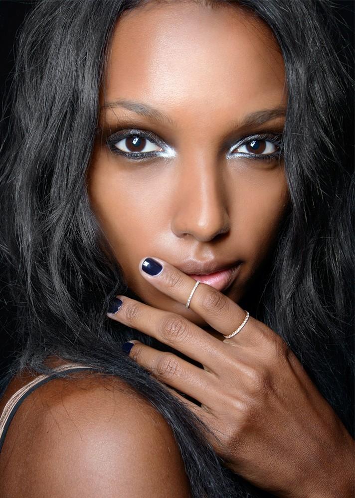 Μανικιούρ: Τα top χρώματα του χειμώνα στα νύχια