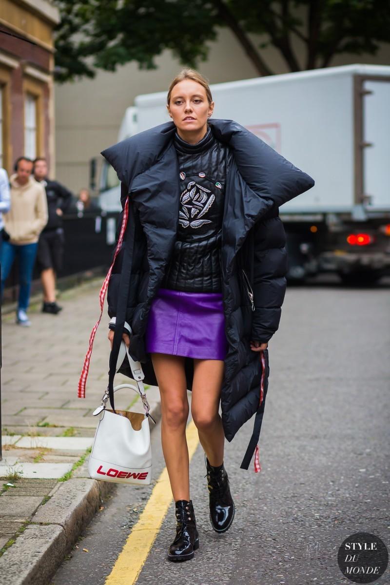 Puffer jacket  Πώς φοριέται το hot μπουφάν που επέστρεψε στη μόδα ... 035aa3410ab