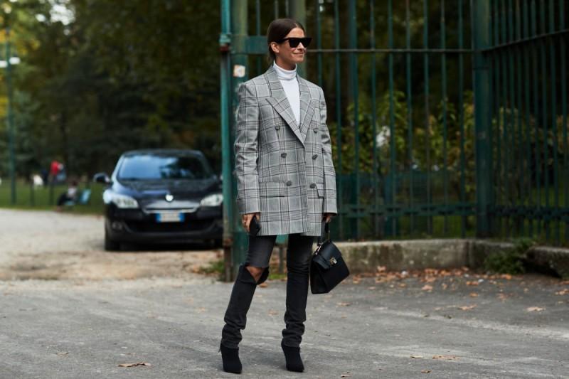 Όλοι οι στιλάτοι τρόποι για να φορέσεις τώρα το σακάκι σου