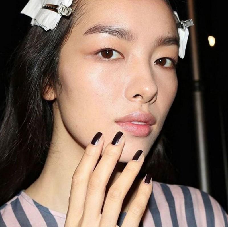 Τα πιο φρέσκα trends στo manicure του φθινοπώρου 2017