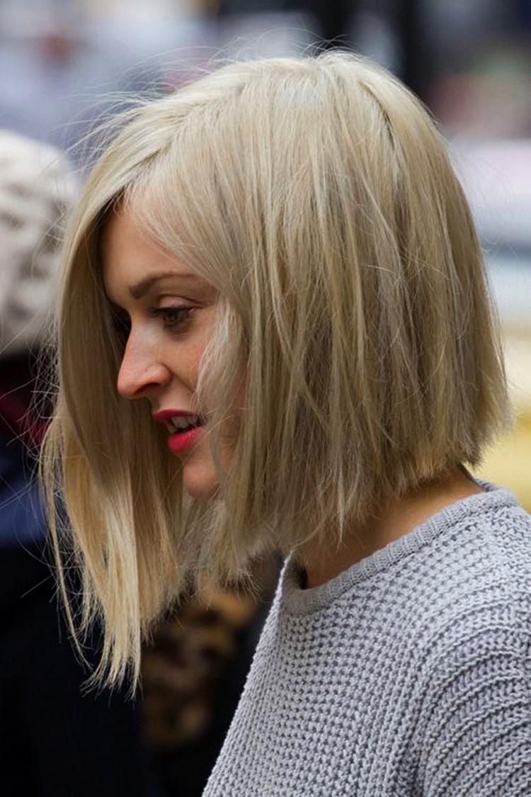 Καρέ μαλλιά: Τα νέα trends της άνοιξης 2018 στα καρέ bob κουρέματα