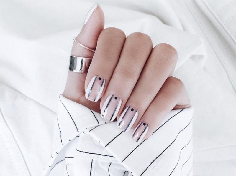 Tips για να κάνετε τα νύχια σας να φαίνονται μακρύτερα