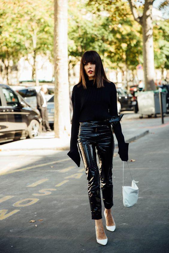 Trend: Δες πώς θα φορέσεις σωστά το vinyl παντελόνι σου!