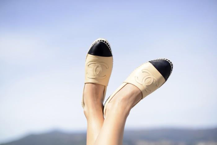 Αυτά είναι τα παπούτσια που φορούν οι σταρ την άνοιξη!