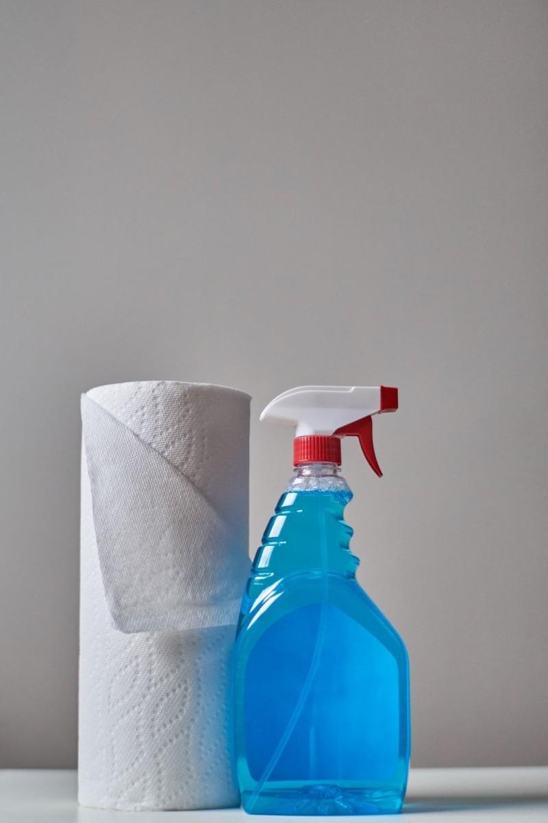 Καθαριότητα σπιτιού: Κάθε πότε να καθαρίζεις και τι