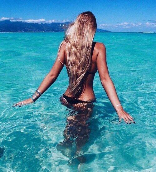Μυστικά για απίθανα μαλλιά το καλοκαίρι