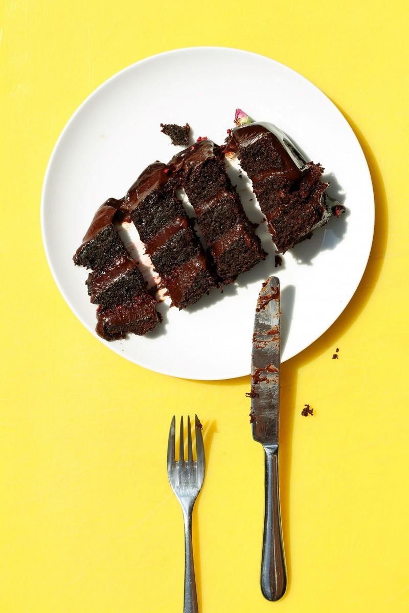 Τα μυστικά για να μην παχύνεις τρώγοντας παχυντικά φαγητά
