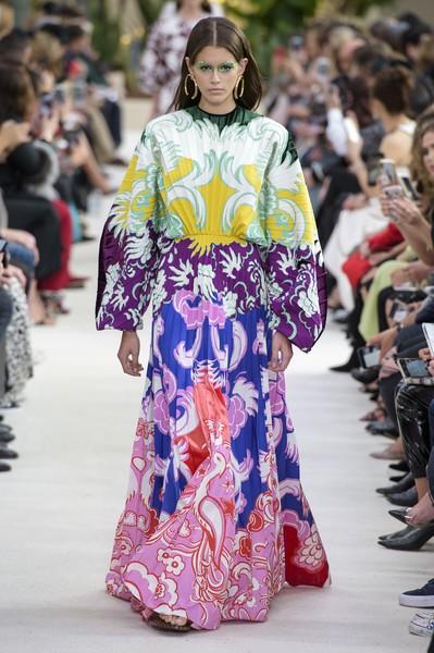 b851f856b26 Δες τα πιο υπέροχα maxi φορέματα του καλοκαιριού | womannow.gr ...