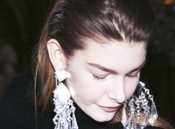 Τα trendy κοσμήματα που θα απογειώσουν το στυλ σας