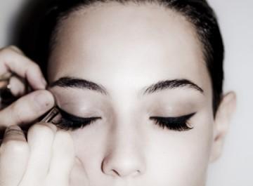 5 διαφορετικοί τρόποι για να βάλετε eye liner