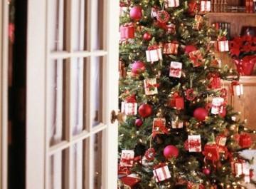 Ιδέες για να στολίσετε το χριστουγεννιάτικο δέντρο σας!