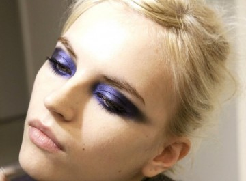 Νέο βραδινό μακιγιάζ ματιών βήμα βήμα: Purple smokey eyes