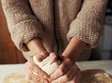 Ζυμώστε μόνη σας το δικό σας σπιτικό ψωμί!