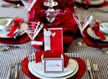 Πώς θα στρώσετε το τραπέζι σας για του Αγίου Βαλεντίνου