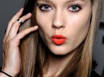 Τα 5 βασικά μακιγιάζ για τα μάτια και πώς γίνονται