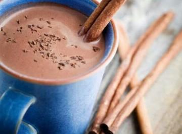 Πώς θα φτιάξετε την τέλεια ζεστή σοκολάτα!