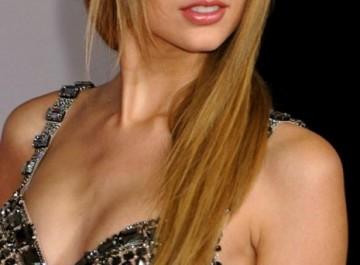10 χειμωνιάτικα hairstyles με αφέλειες