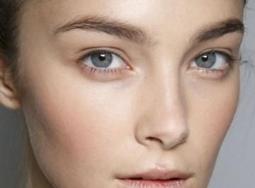 Πώς θα είστε όμορφη χωρίς καθόλου μακιγιάζ;