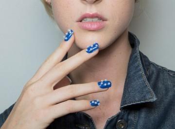 Τα 10 νέα manicure της άνοιξης 2015