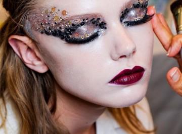 Εκκεντρικά μακιγιάζ για τις Απόκριες