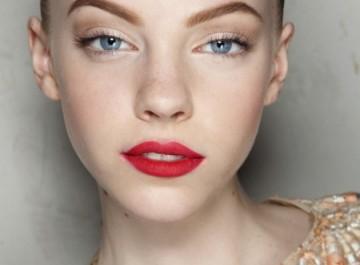 Εύκολα κόλπα και tips για τέλειο μακιγιάζ