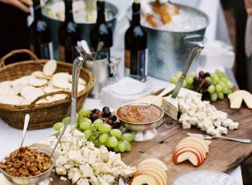 Πρόσκληση στο σπίτι για κρασί!(ιδέες και συνταγές)