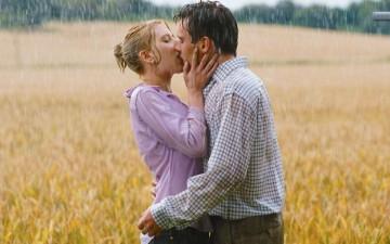 Με θέλει ή όχι: Τα σημάδια που μας μπερδεύουν στους άντρες