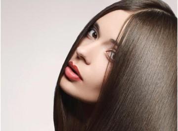 6 βήματα για ίσια, λεία, απαλά μαλλιά