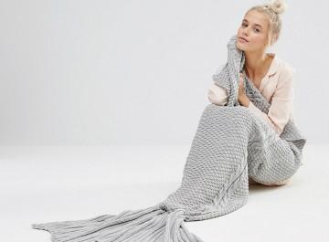 Κουβέρτα- γοργόνα: Η τέλεια ιδέα για να ζεσταθούμε με στυλ
