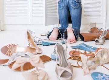 Έξυπνα μυστικά για να αποθηκεύσεις τέλεια τα καλοκαιρινά παπούτσια