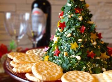 Χριστουγεννιάτικο δέντρο με τυριά και μπέικον για... ορεκτικό!