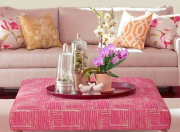 Βάλτε ροζ χρώμα στο σαλόνι σας για ν΄αποπνέει θηλυκότητα