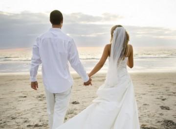 Πώς ένας άντρας επιλέγει τη γυναίκα που θα παντρευτεί;