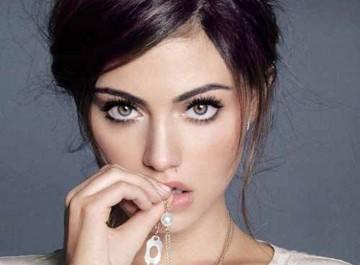 Λάθη στο μακιγιάζ που κάνουν τα μάτια να φαίνονται μικρά